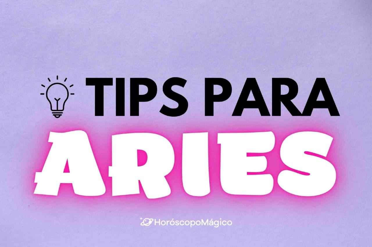 """La frase """"Tips para Aries"""" en el centro y una bombilla"""