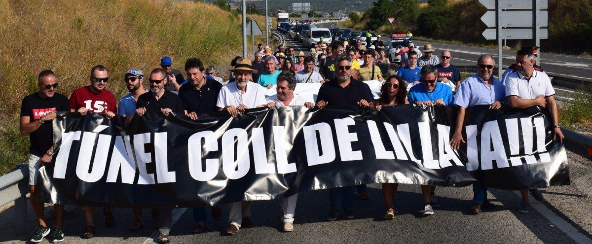 Imatge de la manifestació per a la finalització de l'A-27 a Montblanc