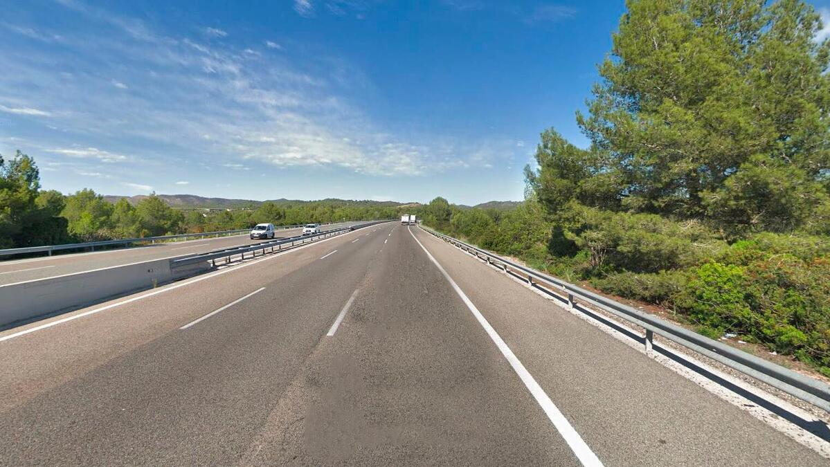 L'accident s'ha produit al punt quilometric 242 de l'AP-7 a Roda de Berà